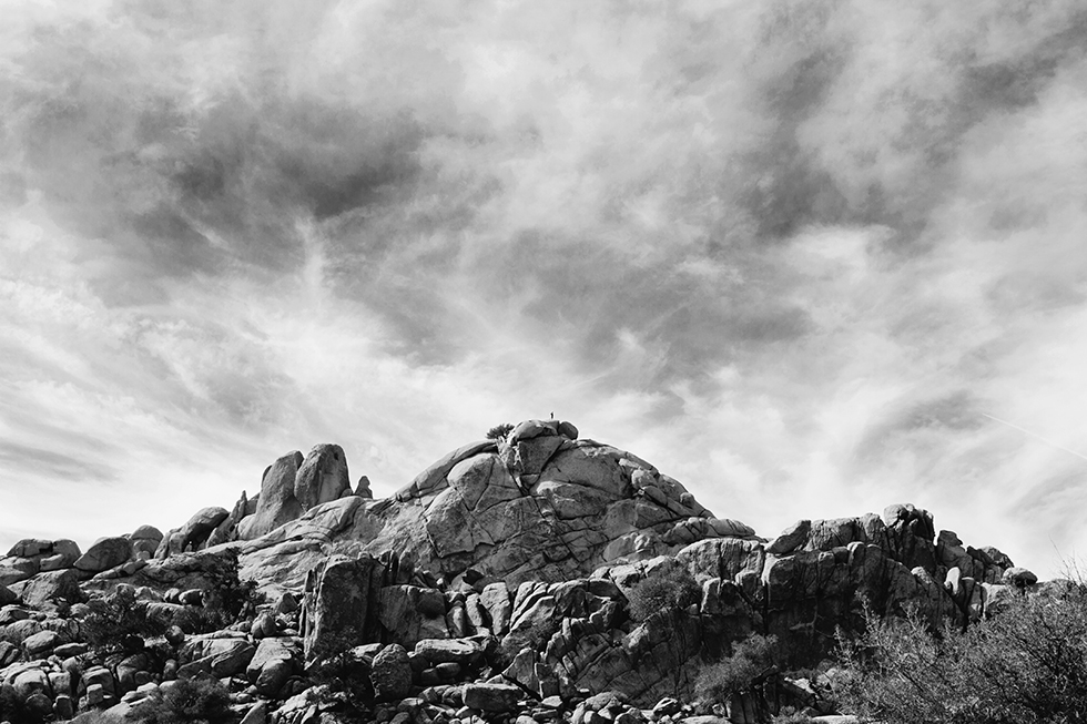 Joshua-Tree-National-Park-Black-White-Mountain-Sky-9