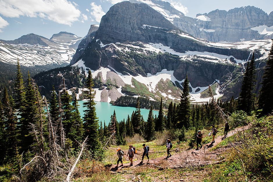 girls hiking in glacier national park