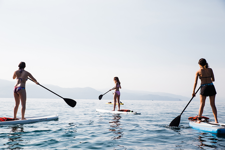 stand up paddle boarding on lake tahoe